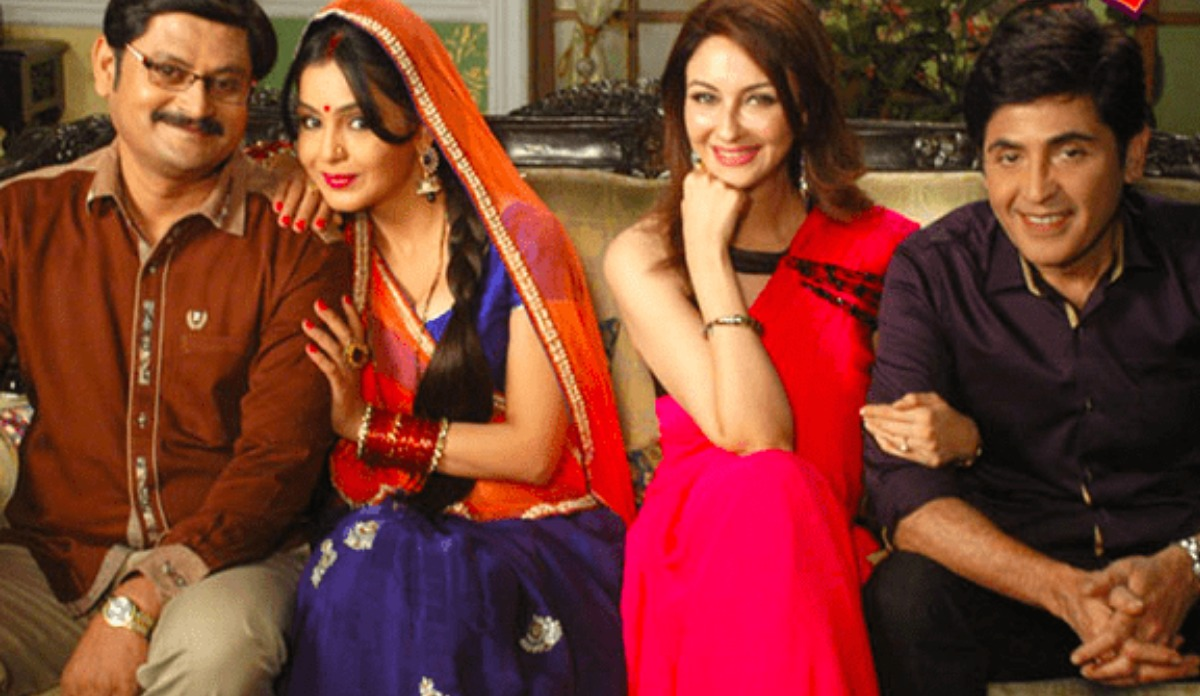 Bhabiji Ghar Par Hain 'actors have agreed to stay on set' after shooting  resumes: Producer | Tv News – India TV