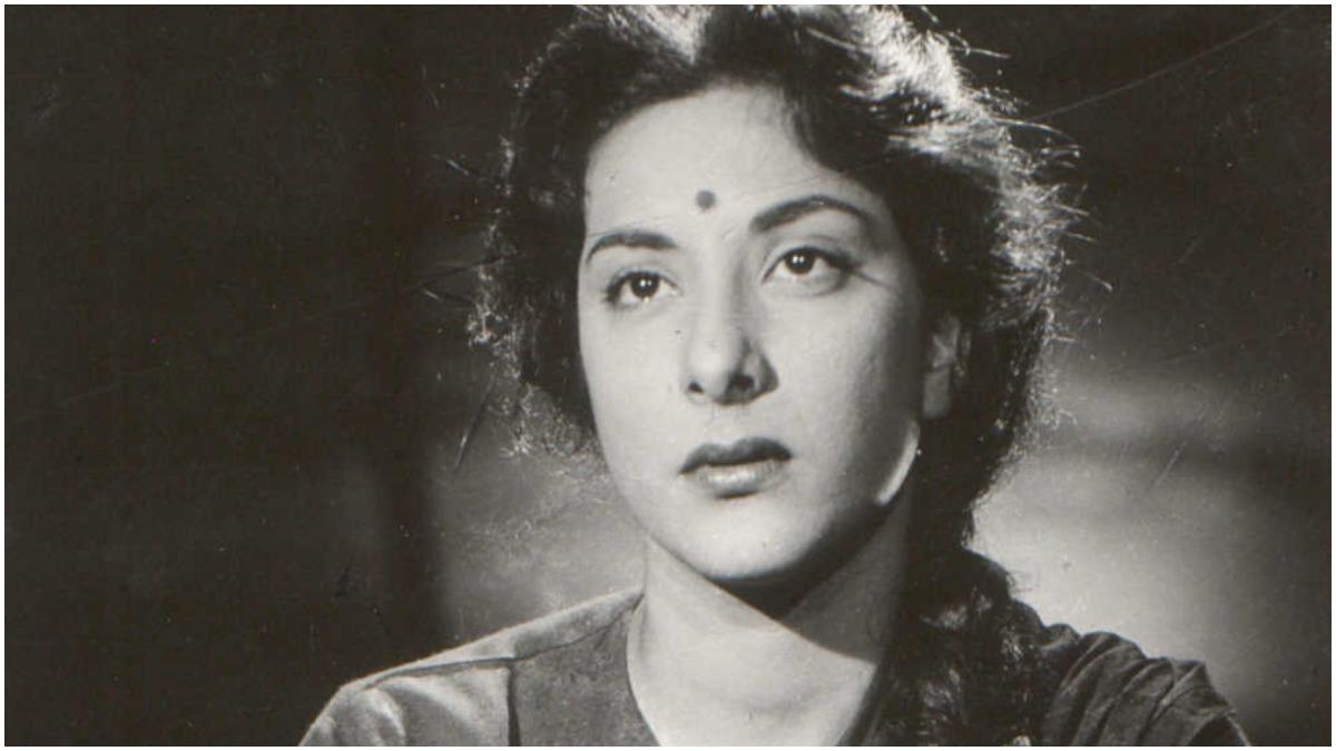 Remembering legendary actress Nargis Dutt on her death anniversary |  Celebrities News – India TV