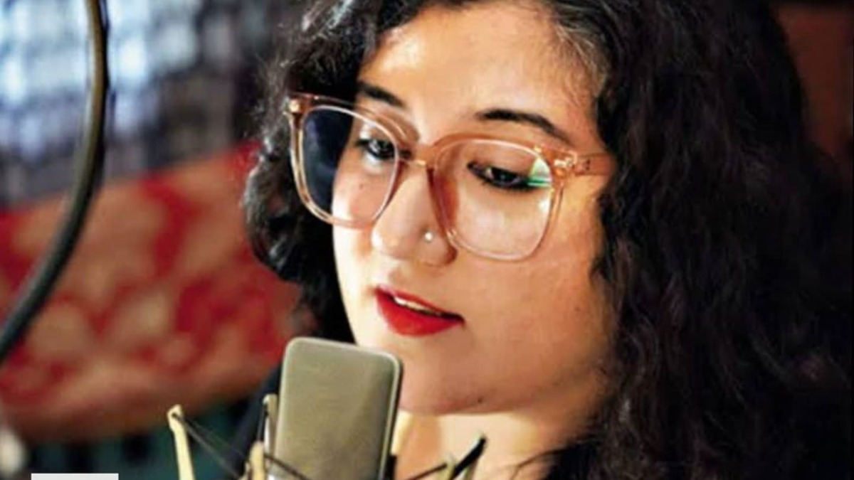 Meet voice-over artist Jasleen Bhalla who has become the 'voice of the pandemic' | Offbeat News – India TV