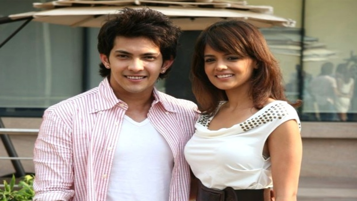 Aditya Narayan And Shweta Agarwal To Get Married In An Intimate Temple Wedding On 1 December Celebrities News India Tv
