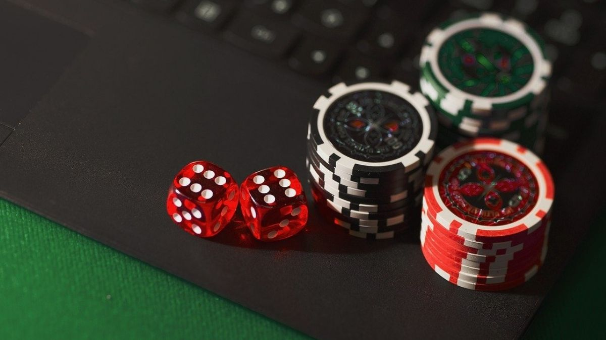 K'taka mulls ban on online gambling sites and apps: Know details |  Technology News – India TV