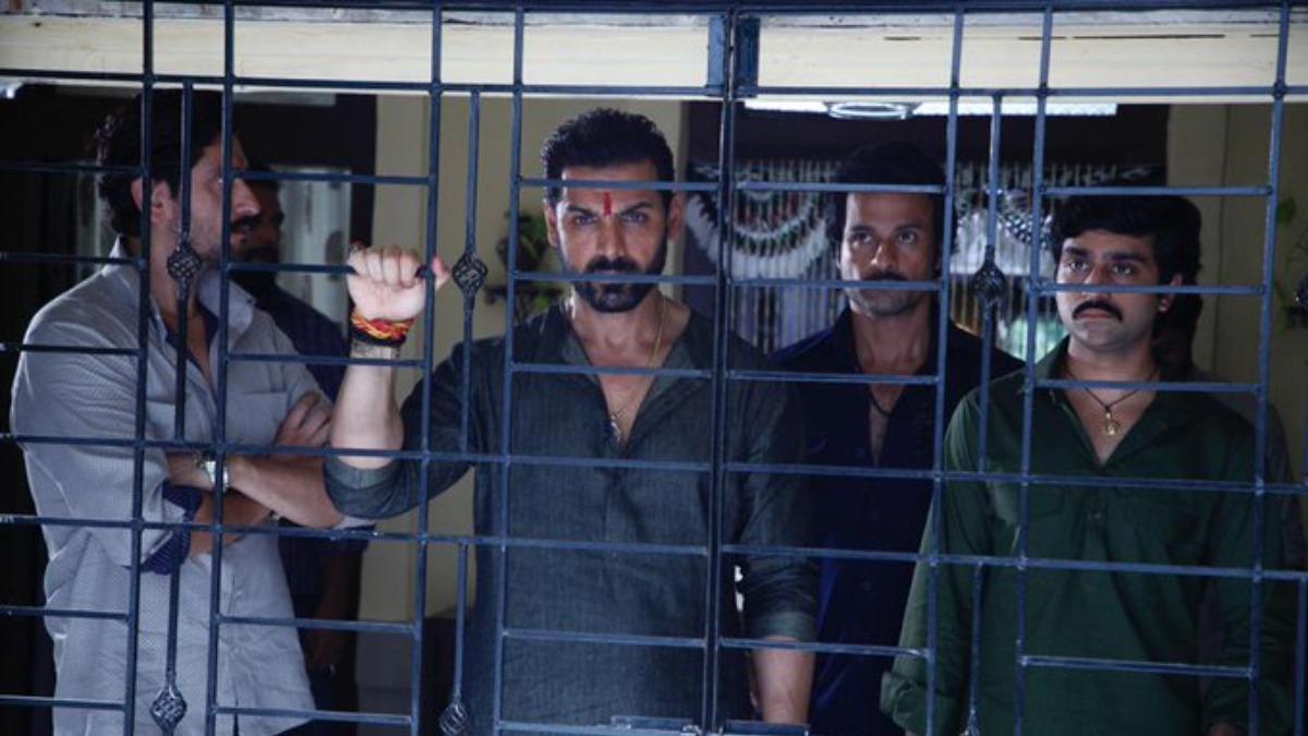 Director Sanjay Gupta teases theatrical release for John Abraham starrer Mumbai  Saga | Entertainment News – India TV