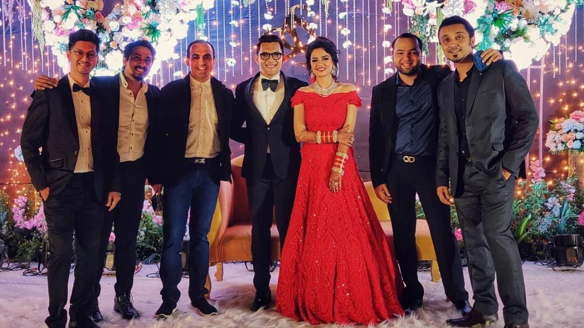 Aditya Narayan Shweta Agarwal Wedding Reception Govinda Bharti Singh And Other Bollywood Celebs Attend Celebrities News India Tv