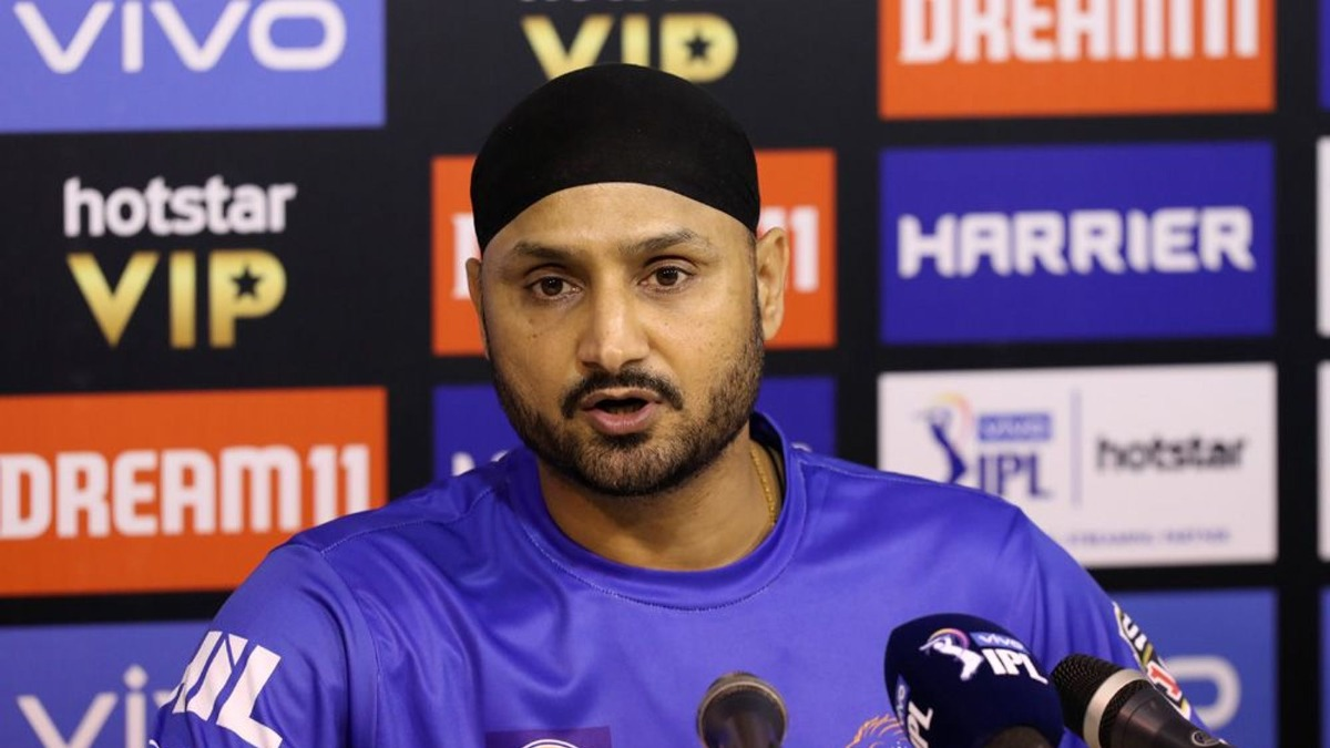 IPL 2021: Harbhajan Singh becomes Coach to Young Bowlers to break the spell of MI