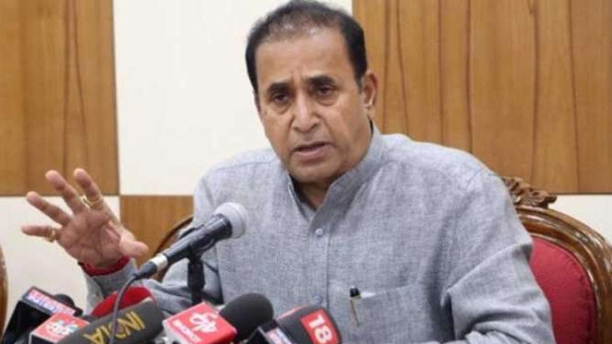 गृहमंत्री अनिल देशमुख इस्तीफ़ा