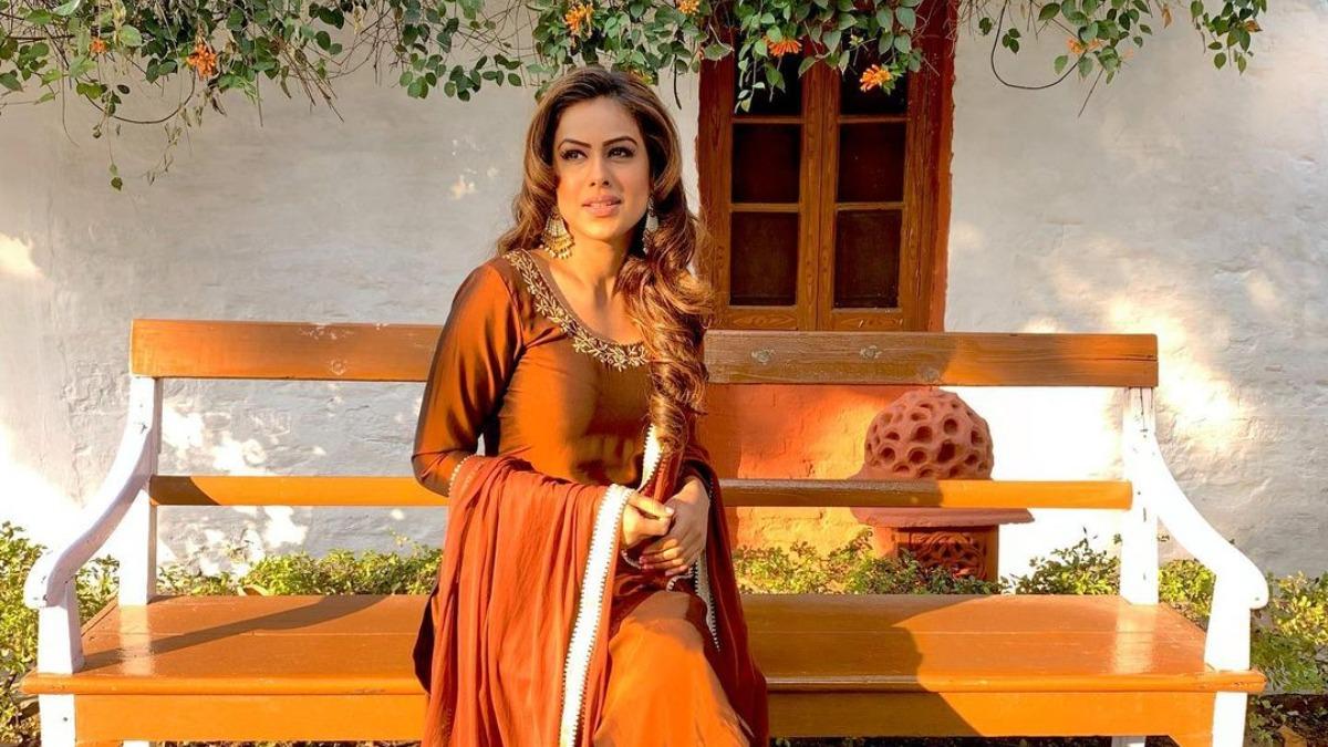 Nia Sharma lives out 'desi' girl vibes as new video crosses 7 million mark | Tv News – India TV
