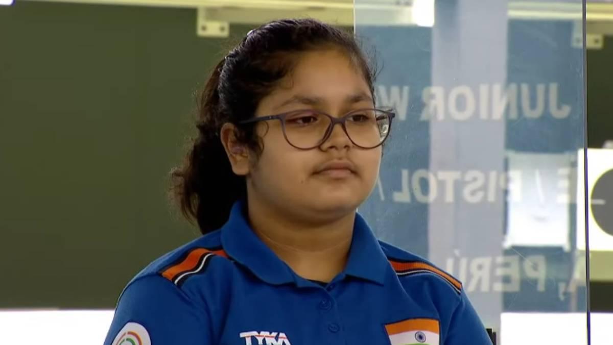 Naamya Kapoor Won Gold in Junior World Championships