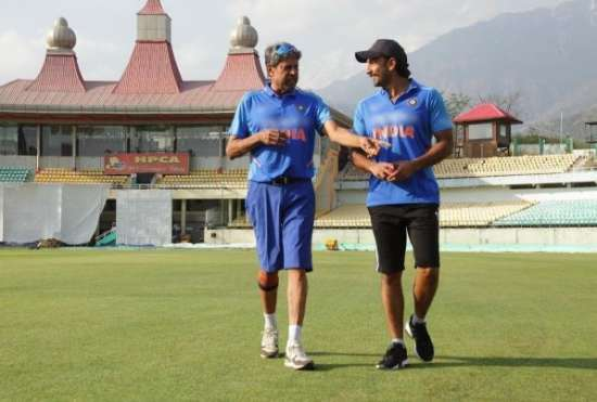 India Tv - Kapil Dev with Ranveer Singh