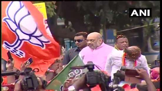 India Tv - Amit Shah's roadshow draws huge response in Kolkata