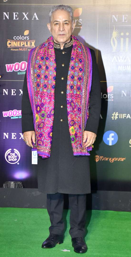 India Tv - IIFA Awards 2019: Karan Johar goes black while Dalip Tahil opts for traditional
