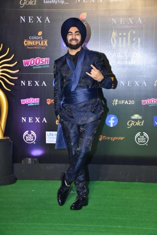 India Tv - IIFA Awards 2019: Dream Girl actor Manjot Singh makes a stylish entry