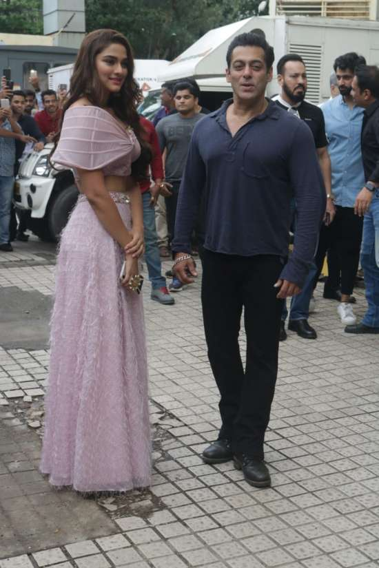 India Tv - Salman Khan with Saiee Manjrekar