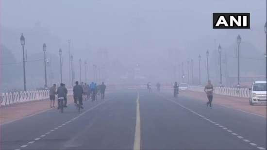 India Tv - Delhi Air Quality still in 'poor' category; AQI - 247