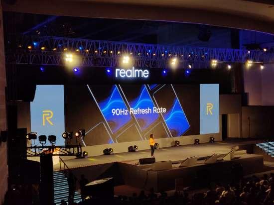 India Tv - Realme X2 Pro display