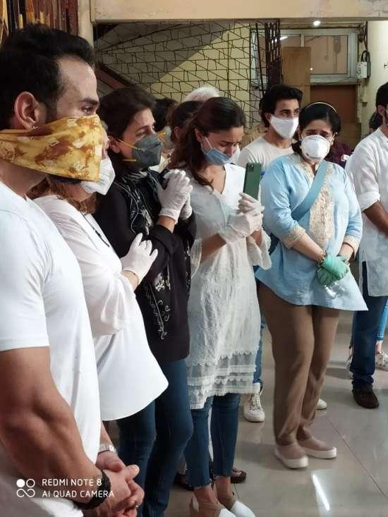 India Tv - Alia Bhatt gets emotional.