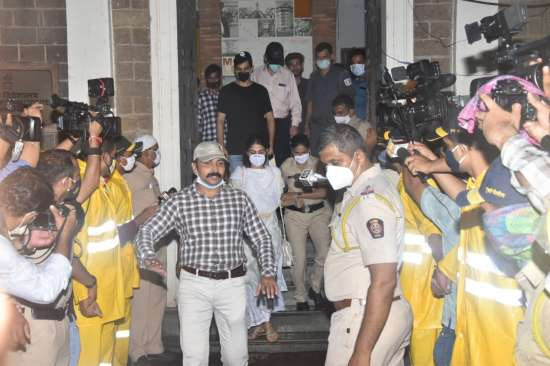 India Tv - Rhea Chakraborty leaves ED office