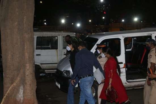 India Tv - Rhea Chakraborty returns to NCB office