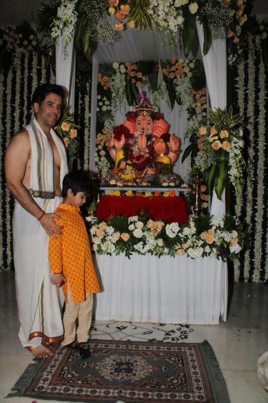 India Tv - Tushar Kapoor welcomes 'Bappa' home