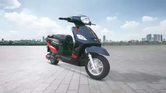Hero Electric drives in new range of Nyx B2B scooters at Rs 63,990