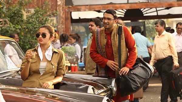 India Tv - Ranveer Singh and Alia Bhatt