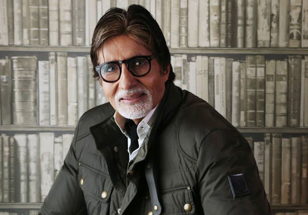 Filmmaker R Balki has called Amitabh Bachchan the lucky