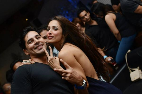 India Tv - Malaika Arora with Dino Morea