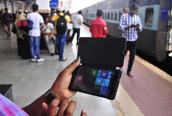 Google rolls out free public Wi-Fi services at five railway