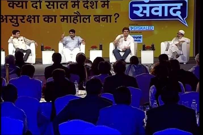 India Tv - AAP and Congress leaders at India TV Samvaad