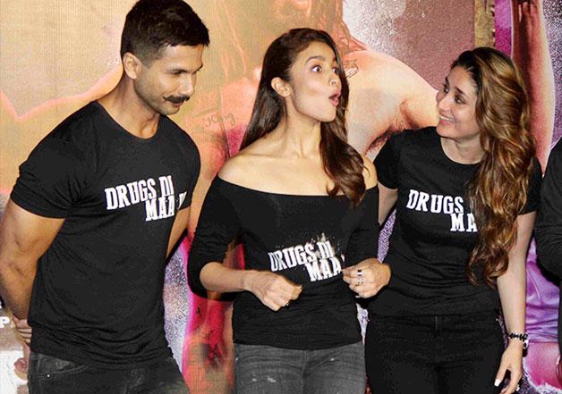 Epic! Kareena Kapoor cracks 'high-end' joke on ex-flame Shahid Kapoor |  Bollywood News – India TV