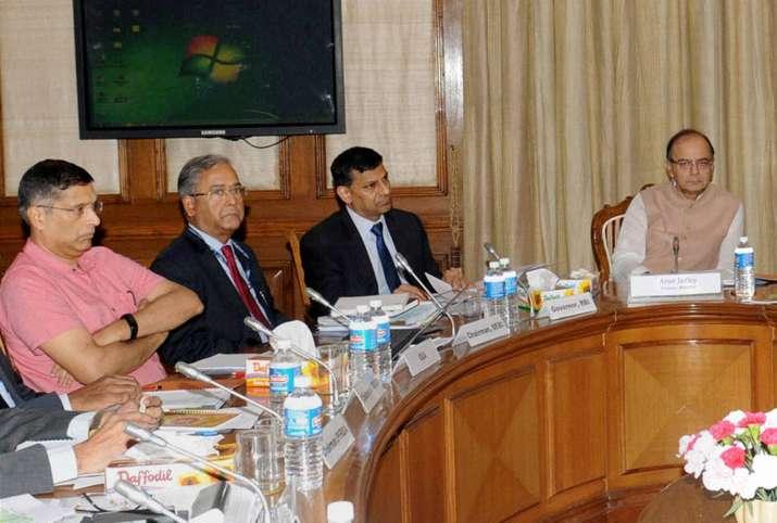 Raghuram Rajan with Finance Minister Arun Jaitley
