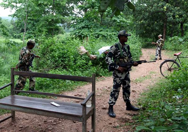 Eight security personnel killed in encounter with Maoists