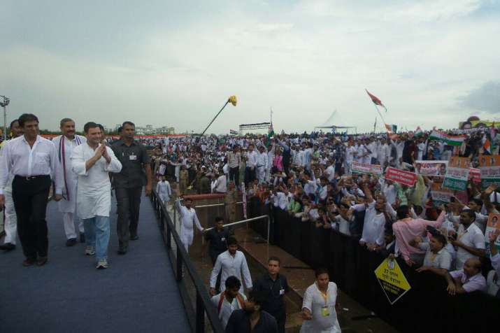 Rahul Gandhi in Lucknow rally