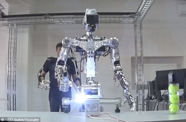 Robots to eventually replace humans on space missions