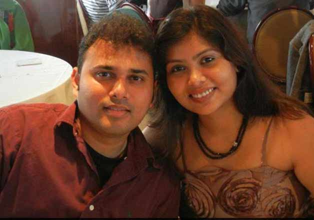 Chandan Gavai with wife Manisha. Image courtesy Facebook