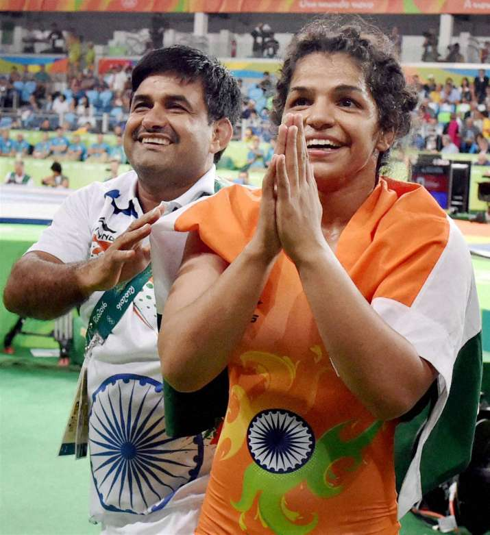 Sporting fraternity congratulates Sakshi Malik on her