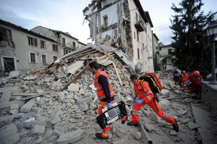 6.1 magnitude earthquake rattles central Italy