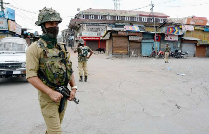 Nine security personnel injured in Pulwama Militant attack