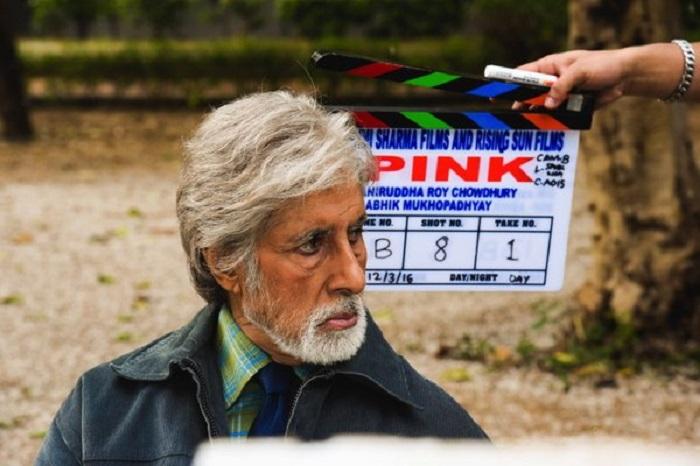 Shoojit Sircar dubs Amitabh Bachchan as an intelligent actor