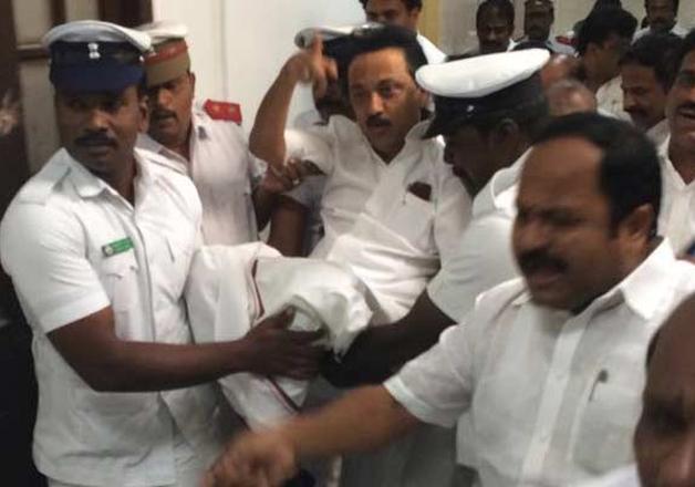 Speaker suspends DMK members en masse for a week