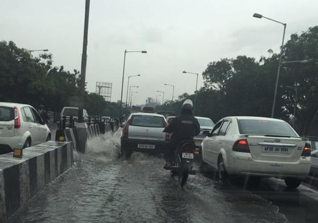 Seven die as heavy rains lashes Hyderabad