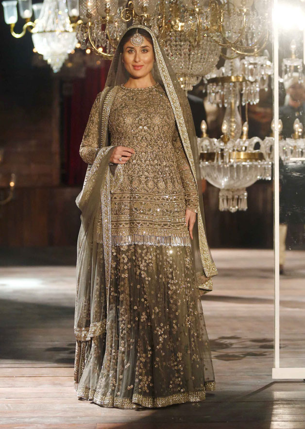India Tv - Kareena Kapoor walks the ramp with her 'baby' for the first time at LFW 2016