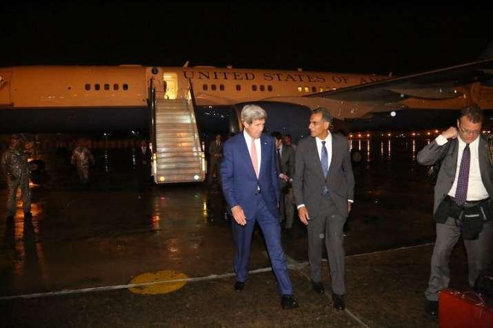 John Kerry arrived at IGI airport Monday evening
