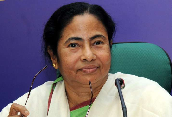 Mamata Banerjee decides to cut down on 'dry days' in Bengal
