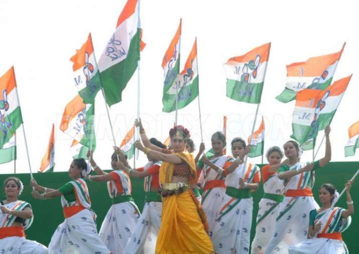 Obscene dance at Trinamool's Independence Day event courts