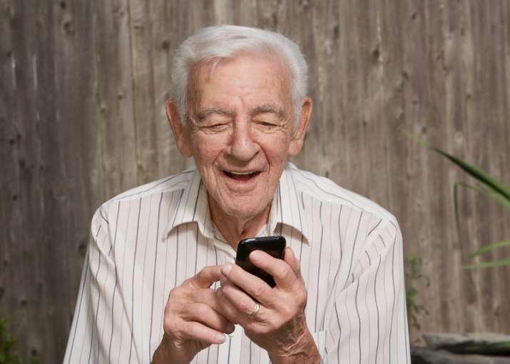Indulging in Facebook, Twitter may cut BP, diabetes in
