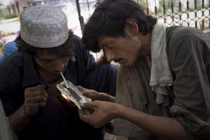 Opium users in Pakistan