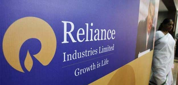 Reliance asks staff to stop using mobile services of other