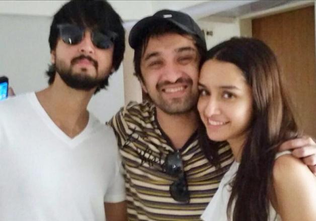 Shraddha Kapoor cebrates rakhi festival with her brothers -