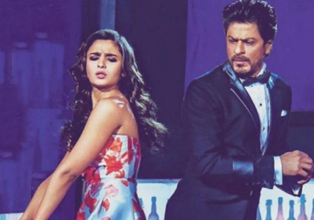 Alia Bhatt calls Shah Rukh Khan a 'worker' for 'Dear