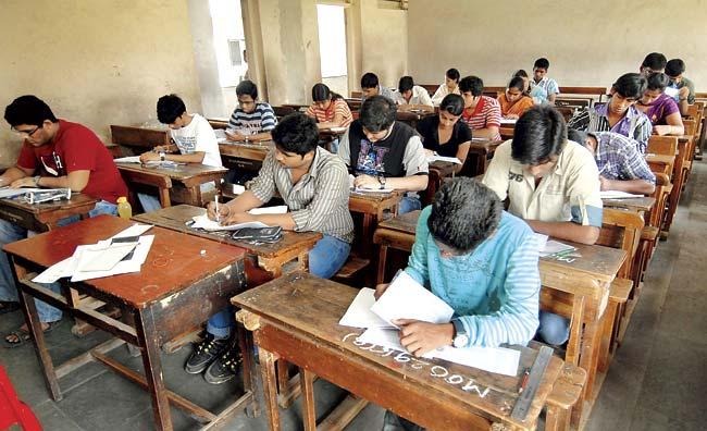 Students taking SSC exam